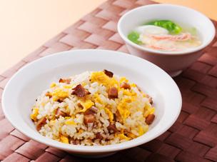 黄金炒飯&カニレタスープ